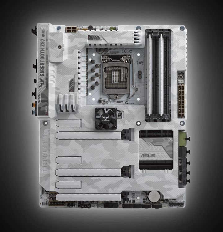 ASUS TUF Sabertooth Z97 Mark S 03