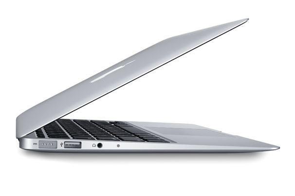 Mac Book Air ze złączem USB 3-1