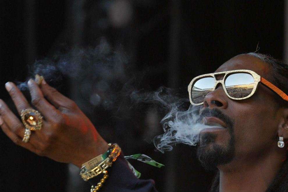 snoop-dogg-is-raising-a-fund-for-investing-in-weed-startups