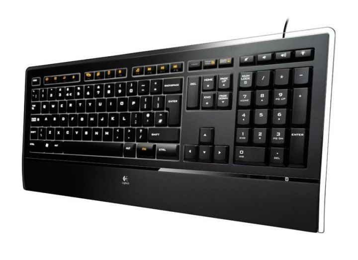 Logitech Illuminated K740