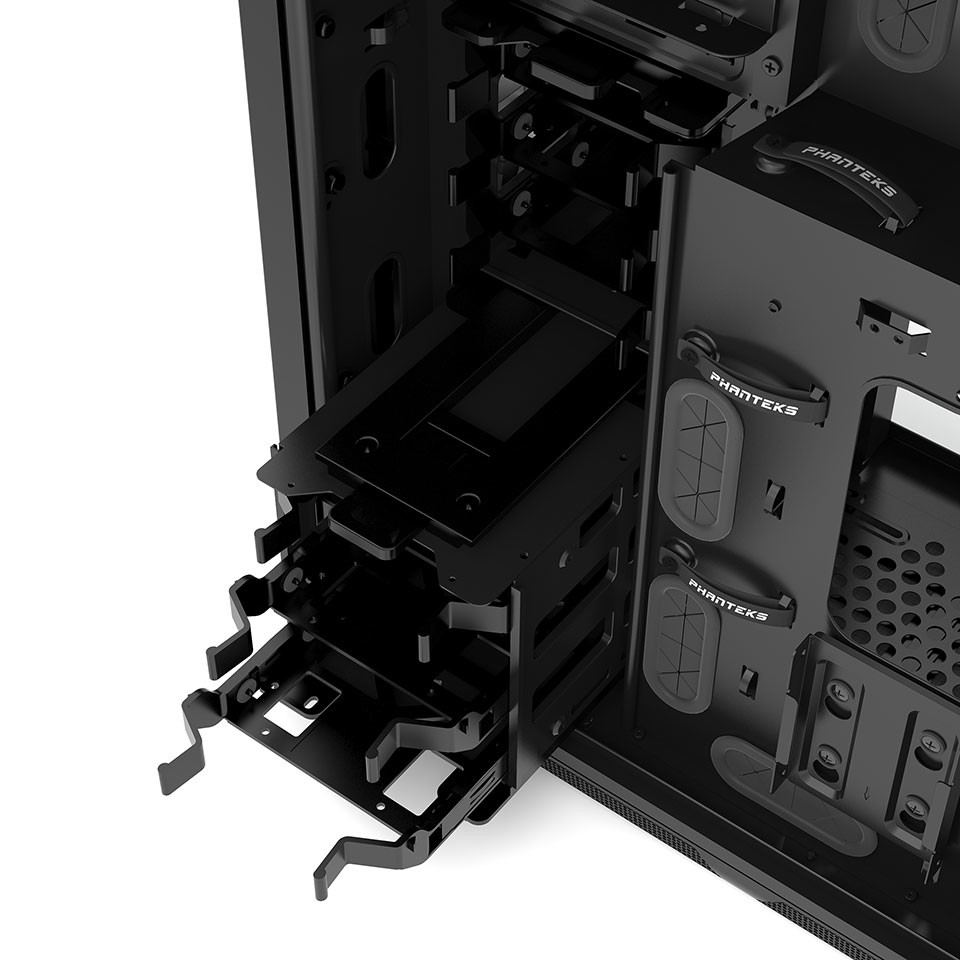 Phanteks Enthoo Mini XL 03
